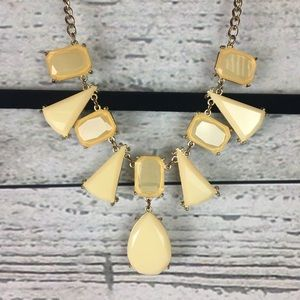 Jewelry - Cream colored statement necklace